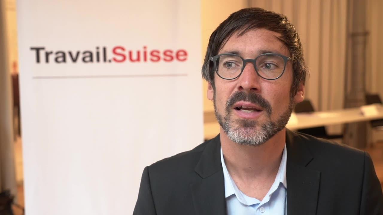 Travail.Suisse demande des augmentations de salaire